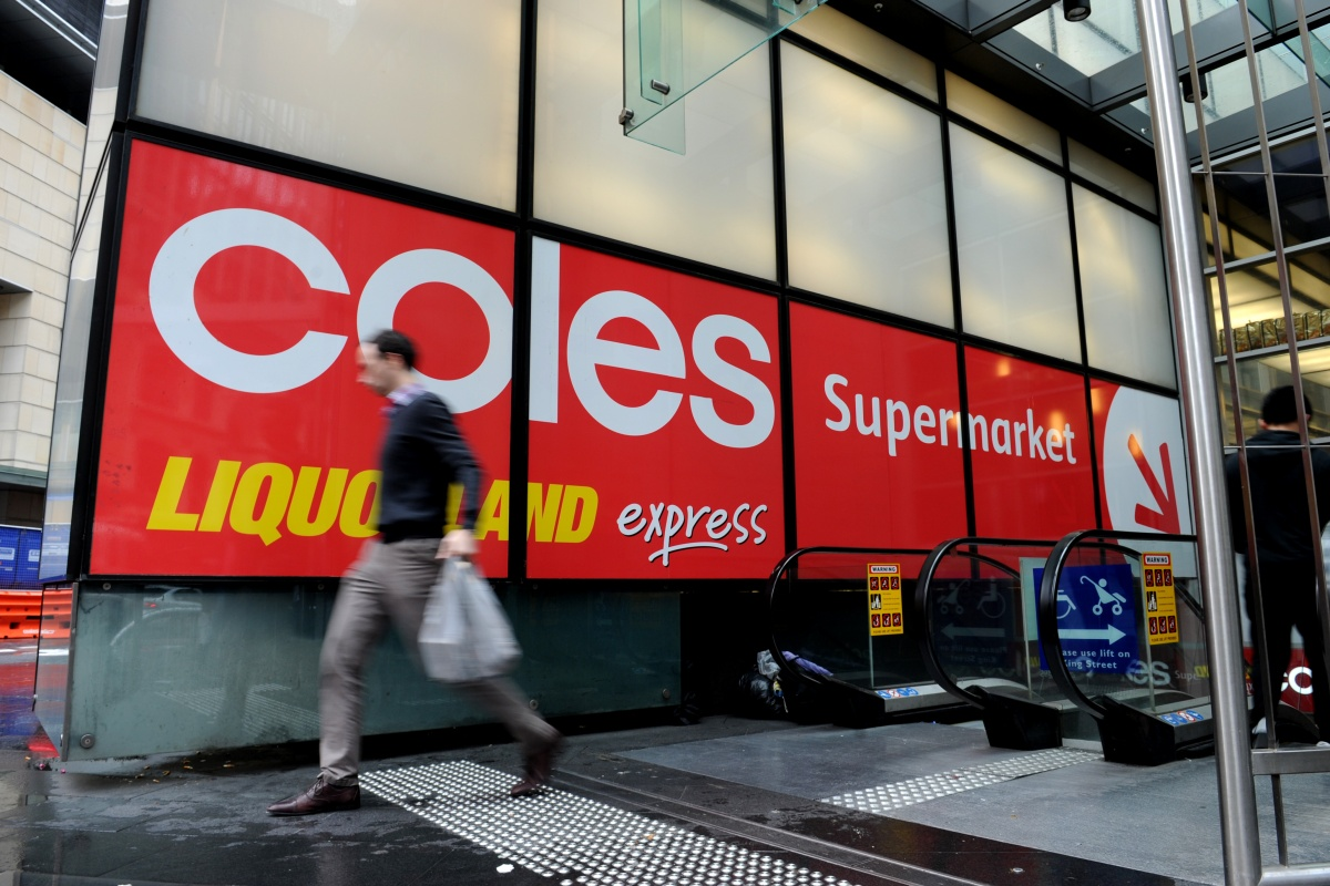 Coles quickly followed Woolworths Group's suit and announced on Friday it too would stop supplying single-use plastic bags