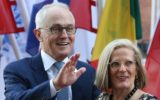 Malcolm Turnbull loses ground in Newspoll results