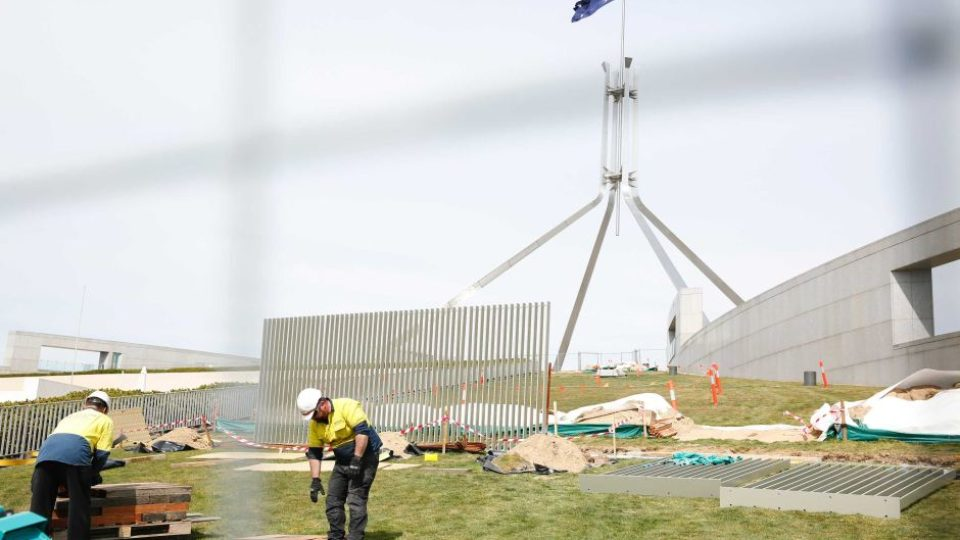 A fence goes up around Parliament House