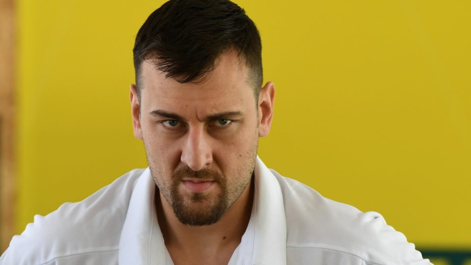 Boston Celtics rumors: Andrew Bogut agrees with Los Angeles Lakers
