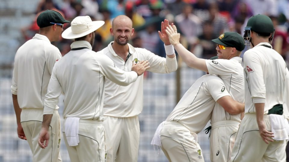 Australia edge ahead of Bangladesh after David Warner century and late collapse