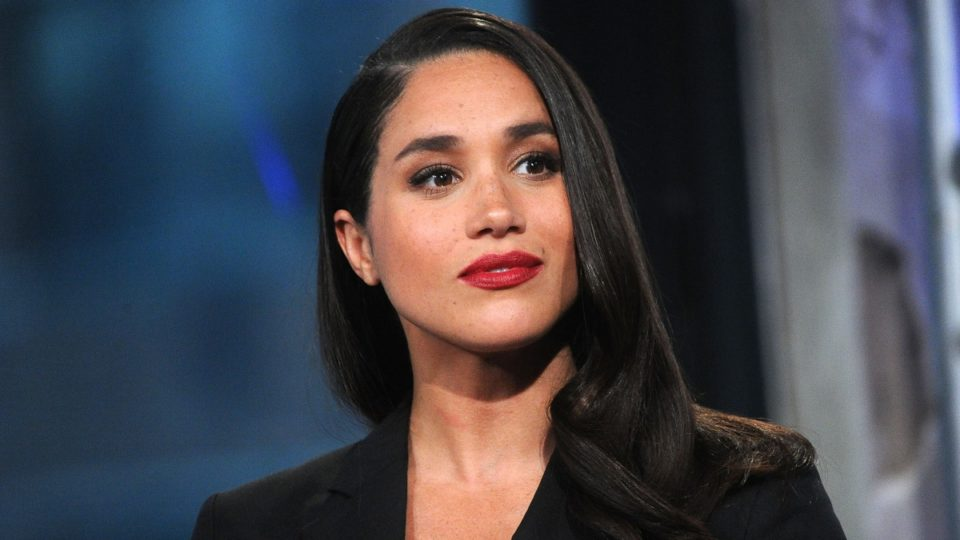 meghan markle red lipstick