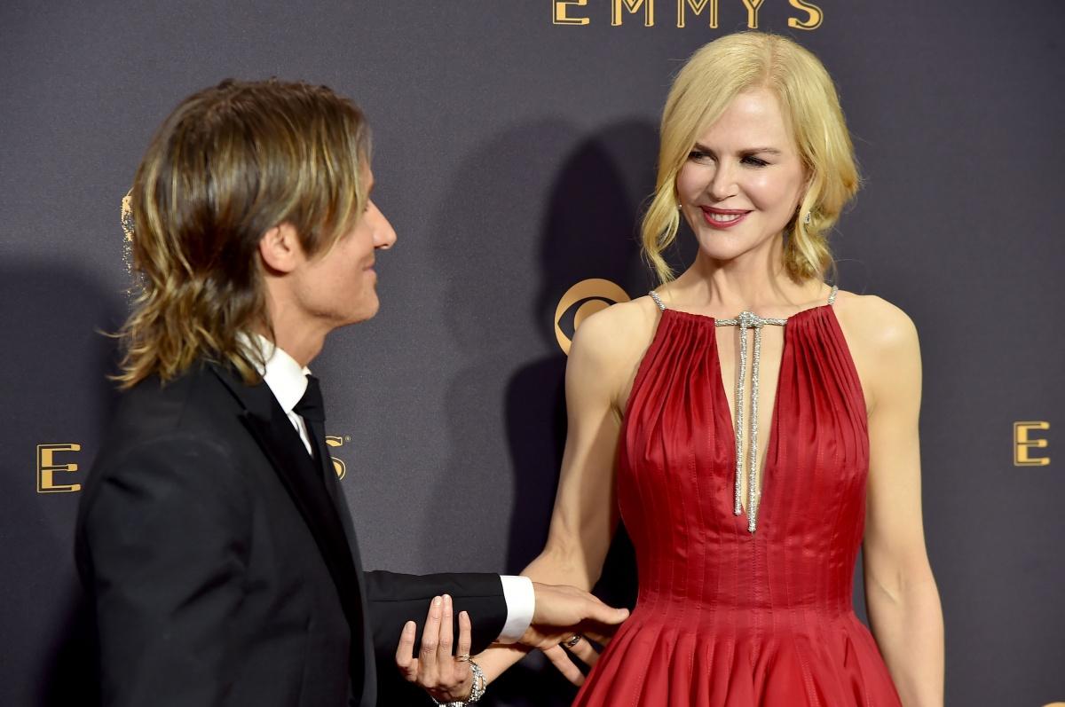 Emmys 2017 Keith Urban Ok With Nicole Kidman Alexander: Emmys 2017: Nicole Kidman's Steamy Celebration