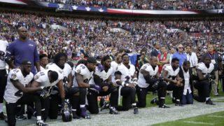US athletes kneeling protest