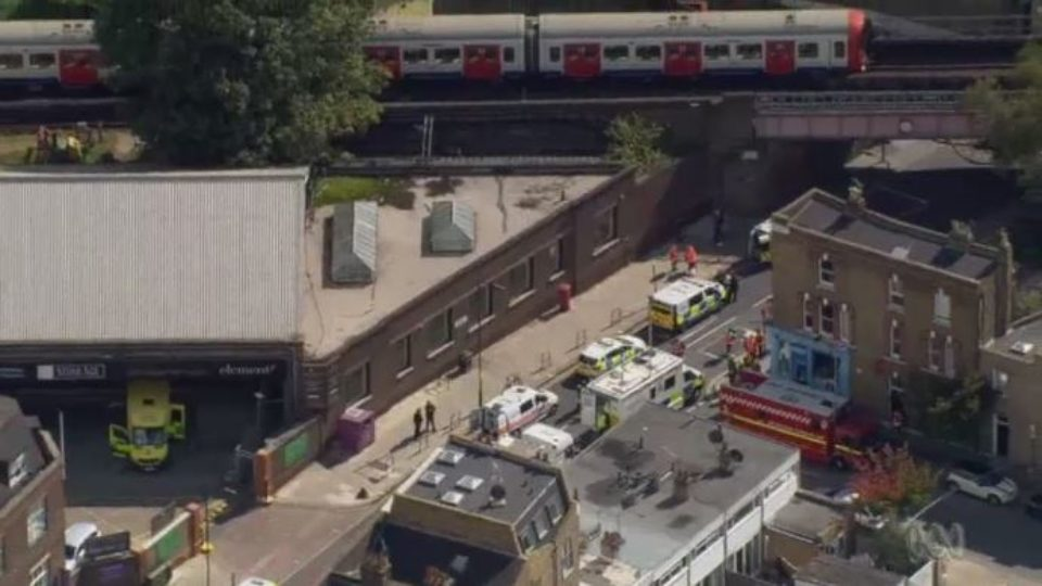 United Kingdom  lowers threat level as two suspects in tube bombing arrested