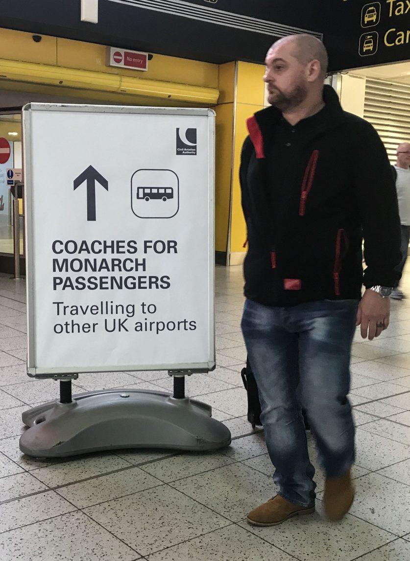 Monarch airline