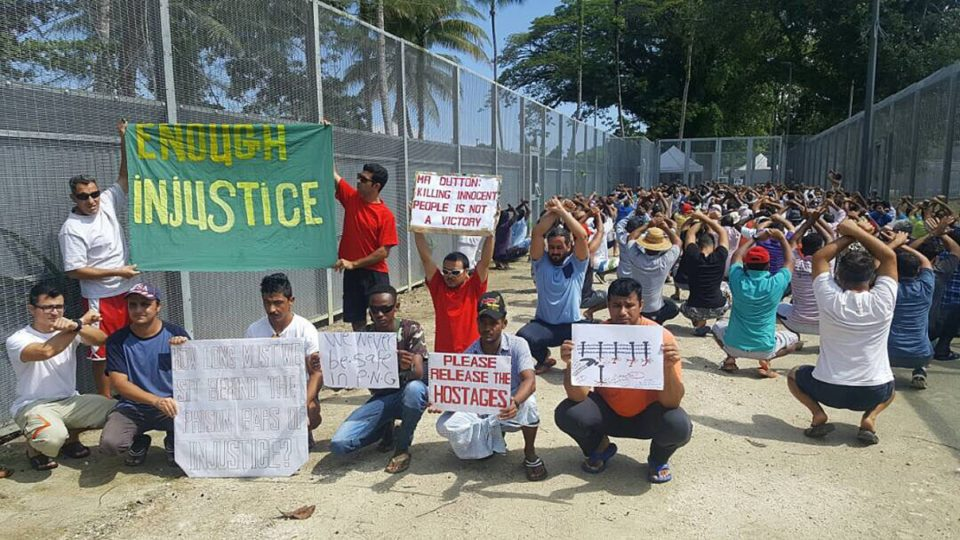 Refugees refuse to leave Manus Island camp