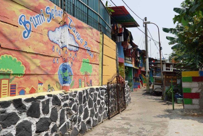 East Jakarta's smoke-free kampung
