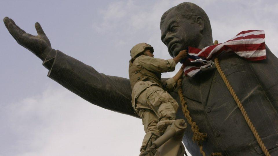 Saddam Hussein statue Iraq war
