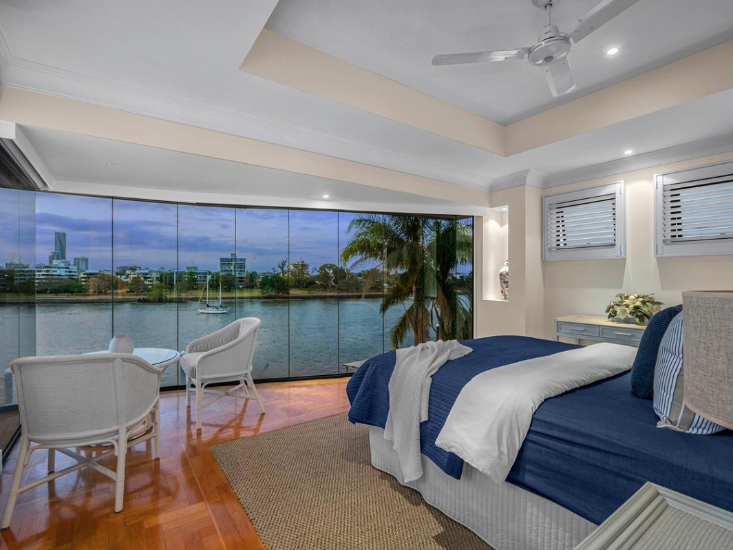 The 29 Laidlaw Pde, East Brisbane offering was five bedroom, three bathroom house.