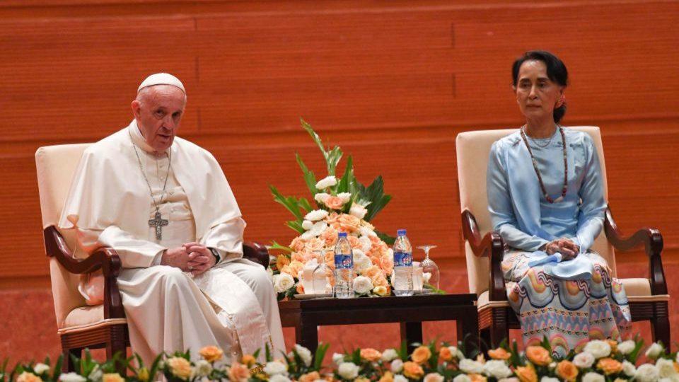 Pope Francis sits next to Myanmar's civilian leader Aung San Suu Kyi in Myanmar on Tuesday. Rohingya