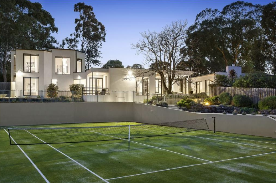 Melbourne's dearest result unusually in Wheelers Hill at $2.82 million.