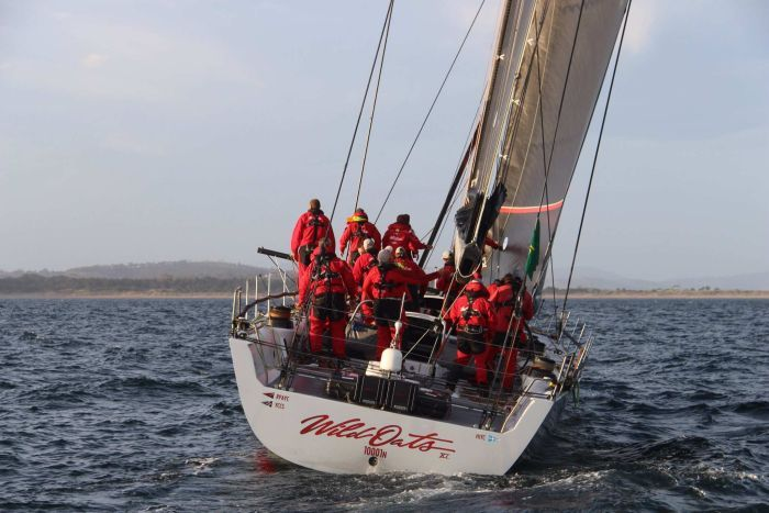 Wild Oats XI crosses line 1st in Sydney to Hobart race