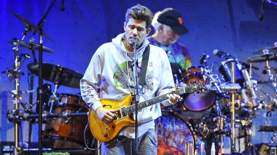 Singer John Mayer hospitalized for emergency appendectomy