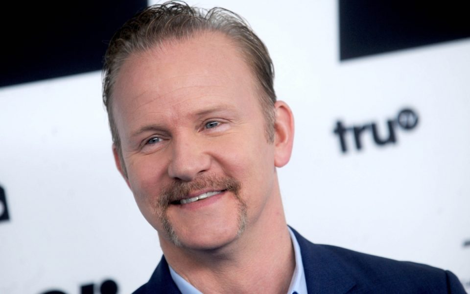 super size me what happens Morgan spurlock, the director of super size me, came up with a great hook for his debut as a documentary filmmaker his experiment, to eat nothing but.