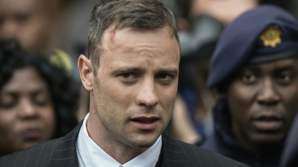 Why jailed South African amputee athlete Oscar Pistorius is fighting in prison