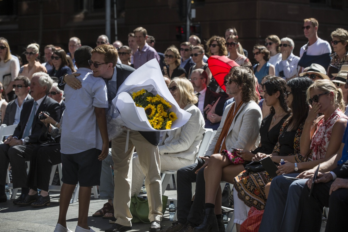 Beautiful Memorial To Victims Of Lindt Café Siege Unveiled In Martin Place