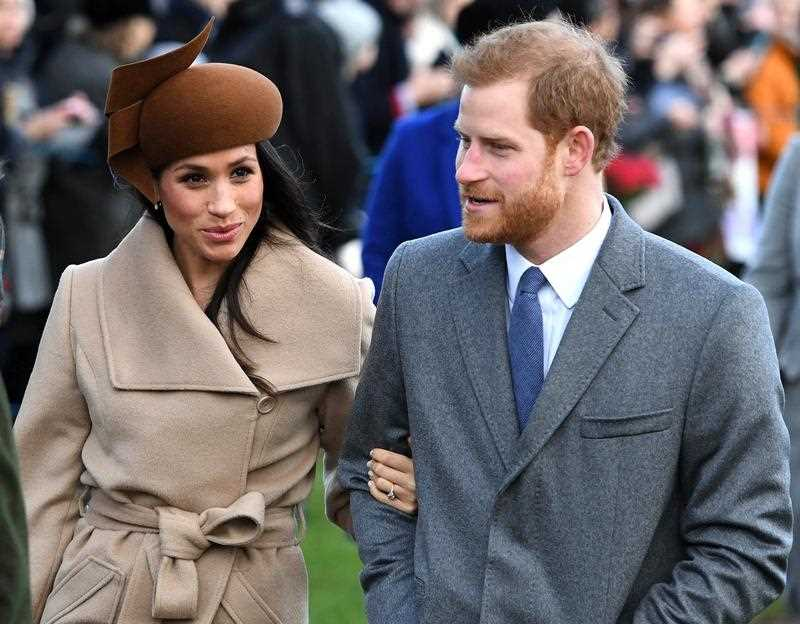 Meghan Markle heads back to Canada as Queen calls for an emergency summit_2