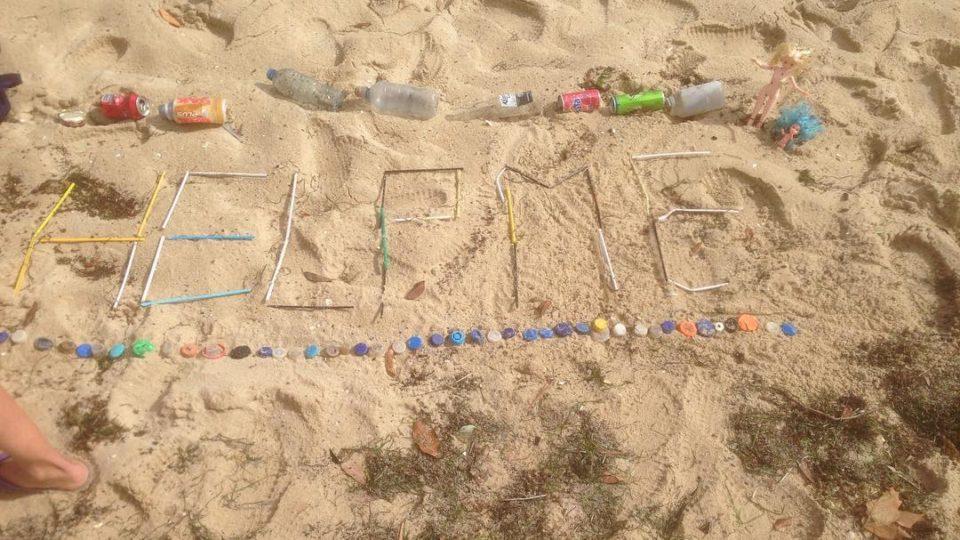melbourne beach rubbish pollution rain
