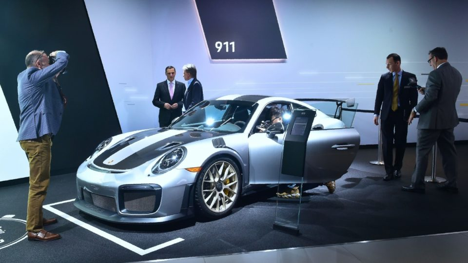 los Angeles car show unveils hybrid Jeep and Porsche