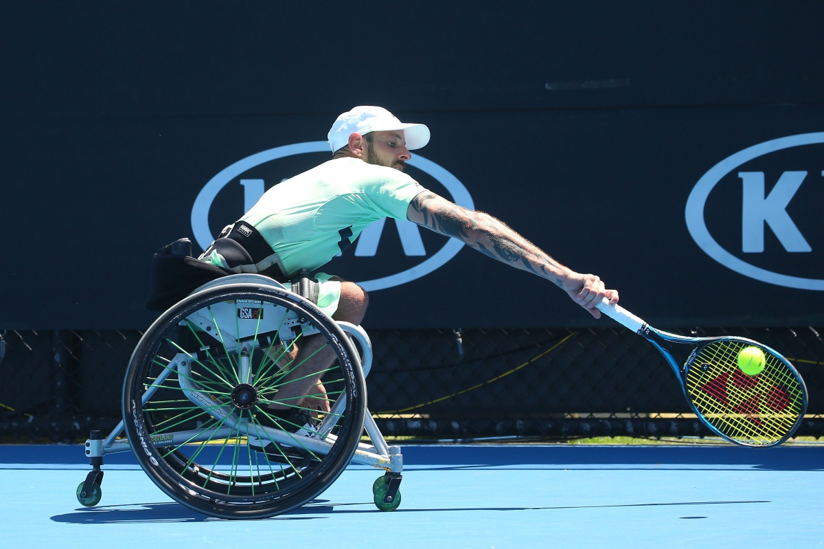 Roger Federer wins Australian Open in Melbourne, his 20th Grand Slam title