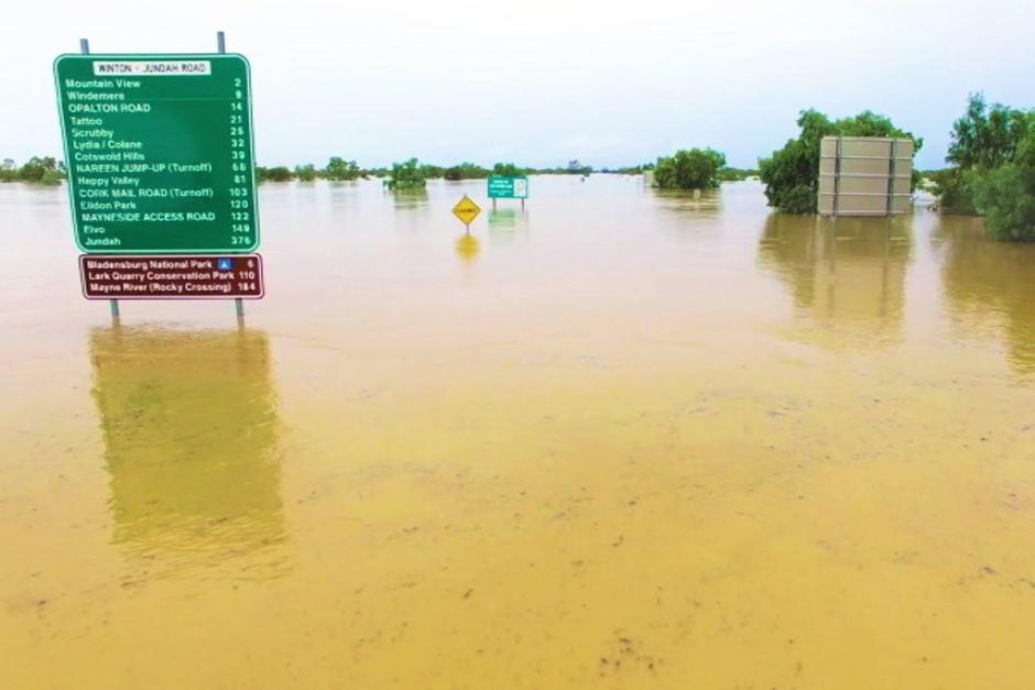 queensland rain flood storm