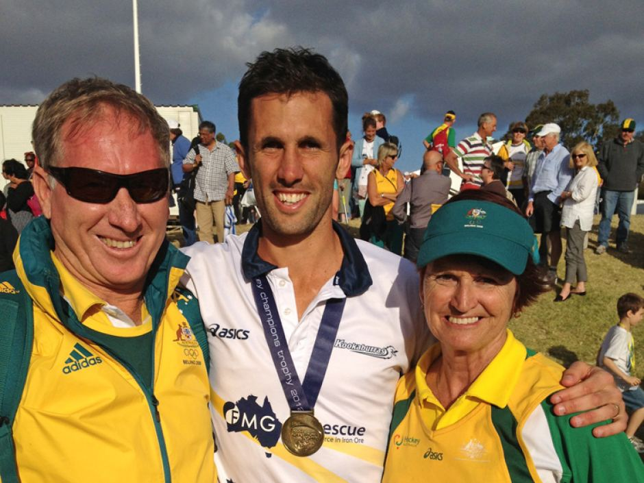 Mark Knowles with his parents