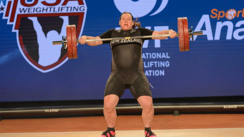 Transgender weightlifter pulls out of event with injury