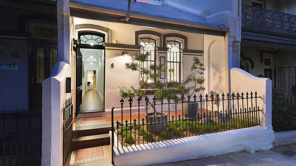 newtown home auction
