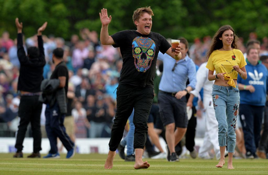 Scotland defeats England in cricket