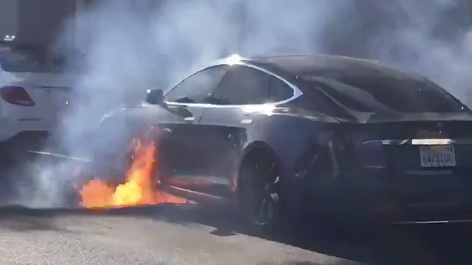 Tesla vehicle allegedly bursts into flames in Southern California traffic