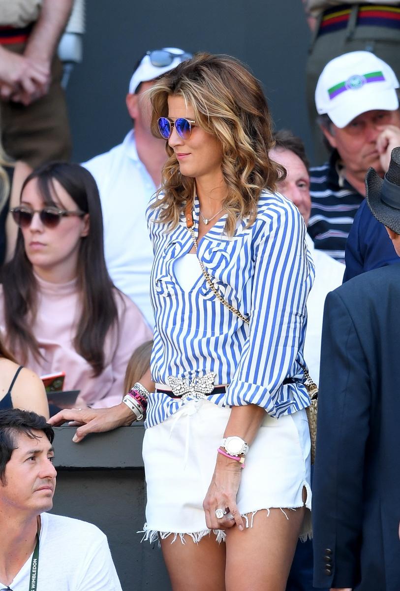 Wimbledon 2018 Mirka Federer Serves Up A Strong Look
