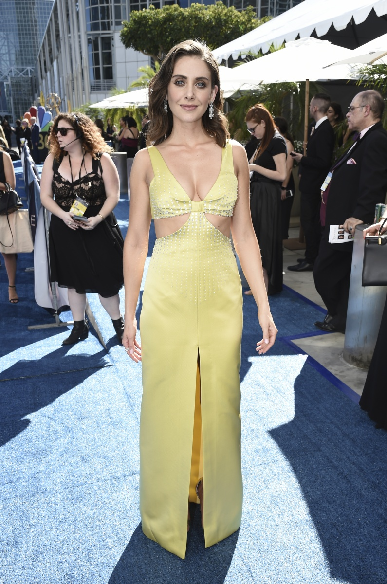 Alison Brie Emmys 2018