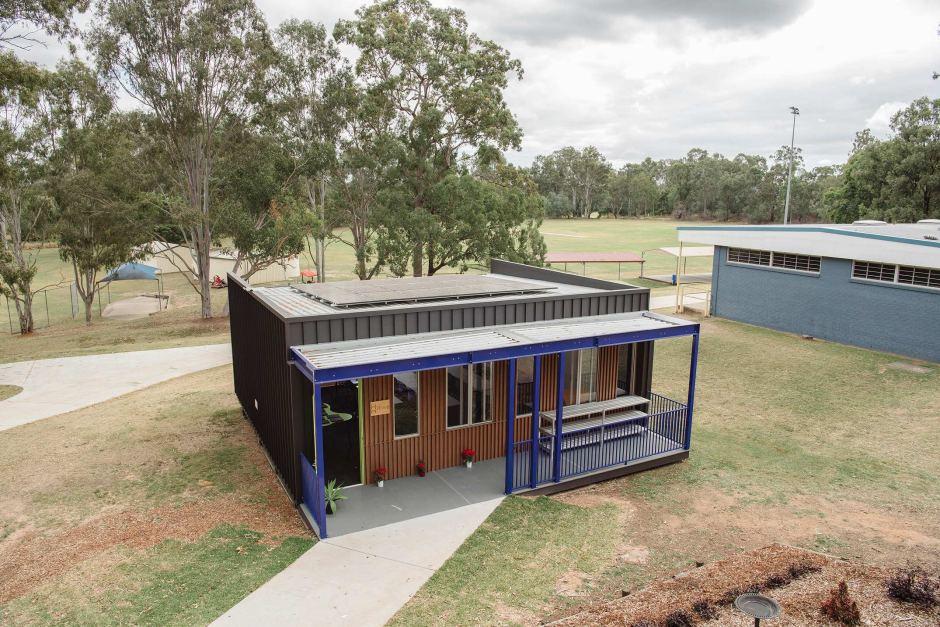 brisbane renewable classroom off grid