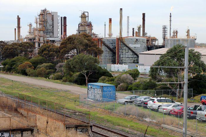 australia-polluted-suburb