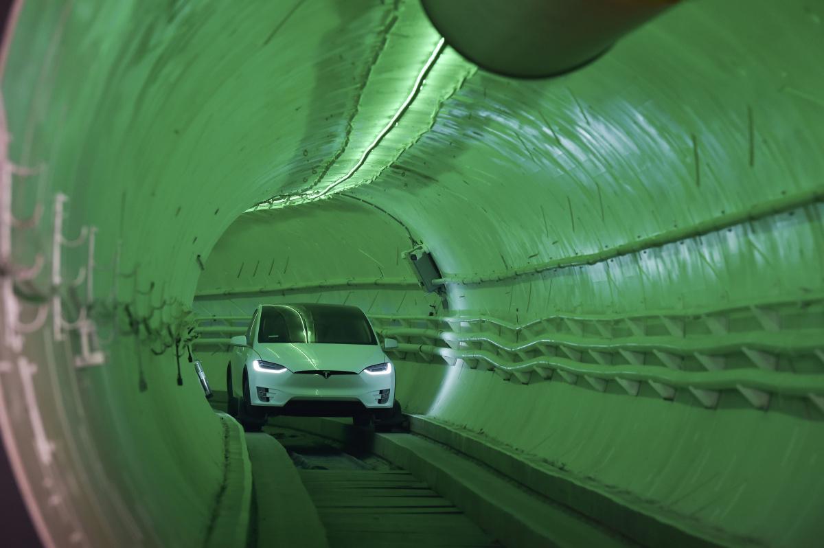 Elon Musk LA tunnel