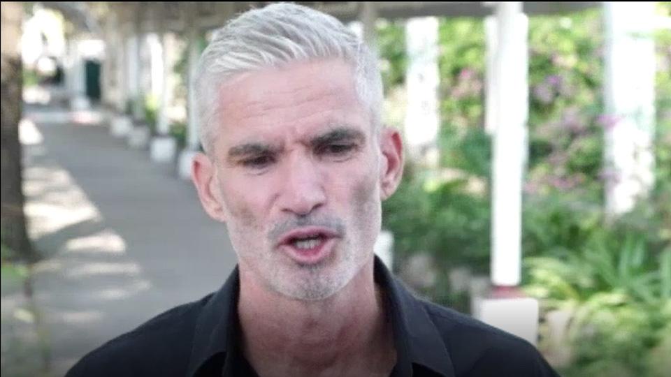 Craig Foster: Former Socceroo Craig Foster Visits Refugee Hakeem