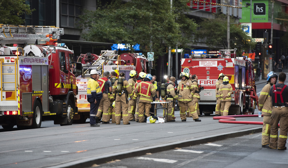 melbourne apartment fire