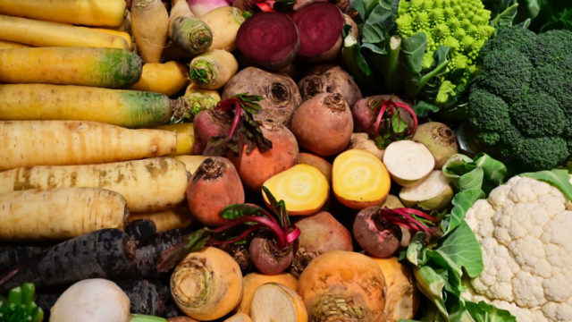 Experts recommend a largely plant-based diet to lower the risk of cancer.
