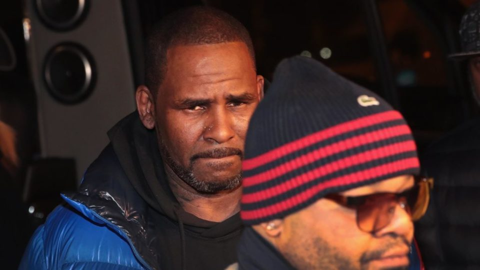 R Kelly charged sexual abuse