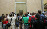 mona lisa louvre crowds