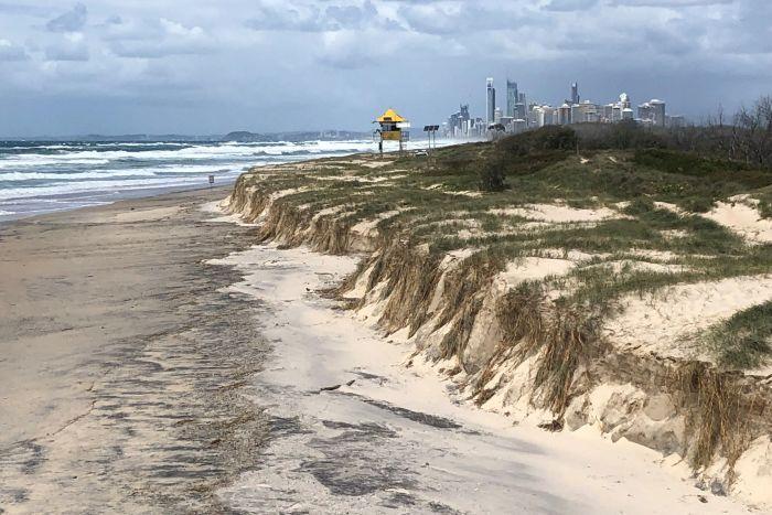 cyclone-oma-beach