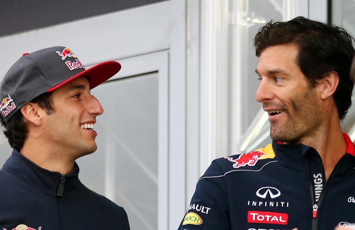 Mark Webber and Daniel Ricciardo chatting