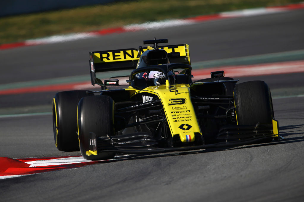 Daniel Ricciardo racing in Spain