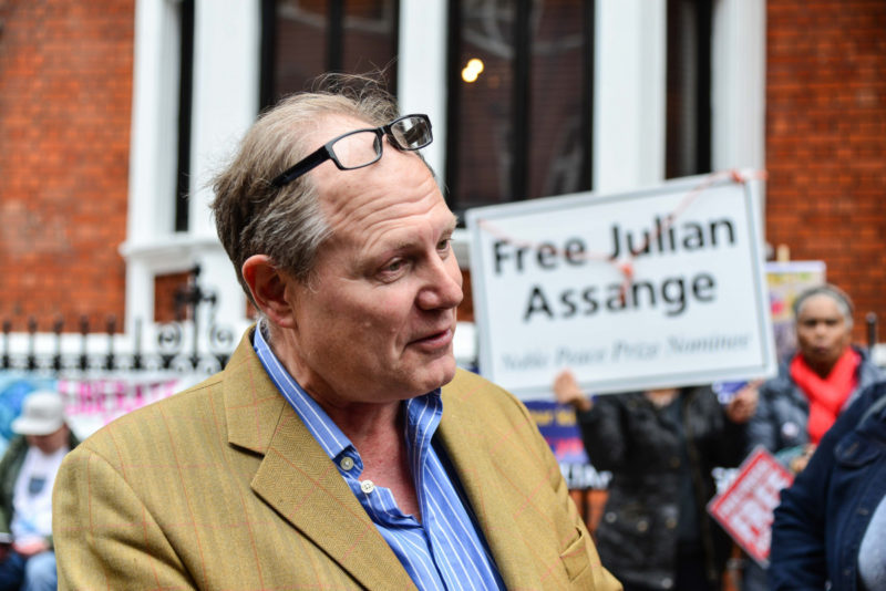 vaughan-smith-assange