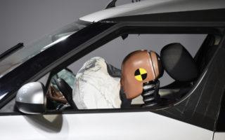 Car crash testq