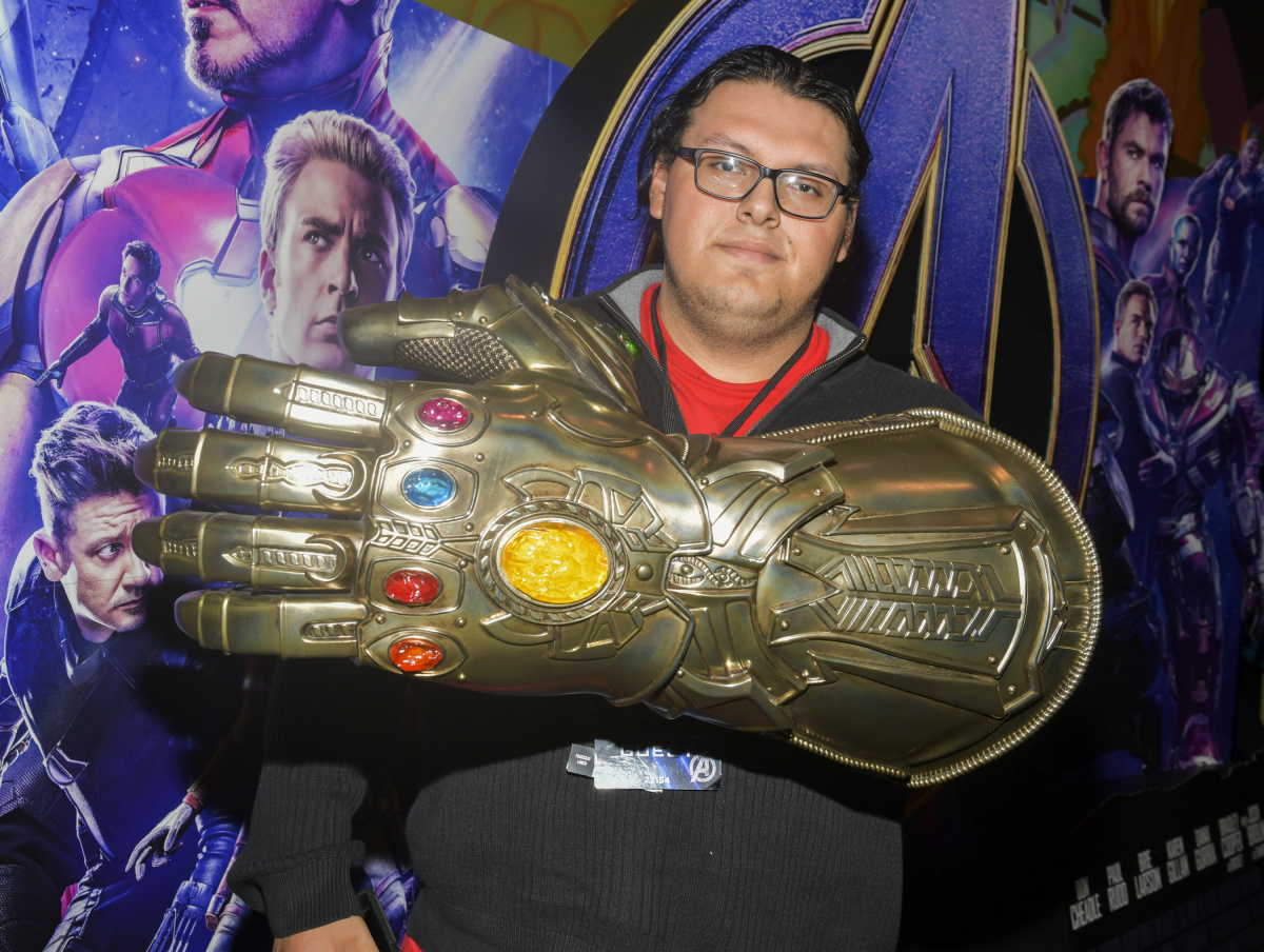 Avengers fan El Capitan theatre