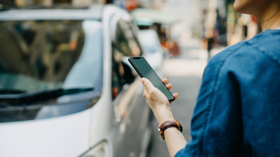 Fair Work Ombudsman: Uber drivers not employees | The New Daily