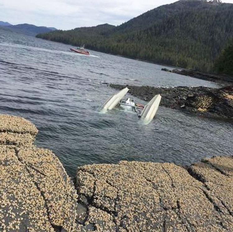 seaplane crash