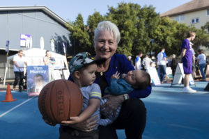 kerryn phelps concedes wentworth